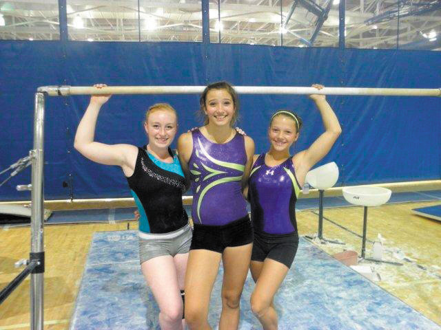 Left to right: Hannah Van Horn, Sara Michie, Halle Bell.