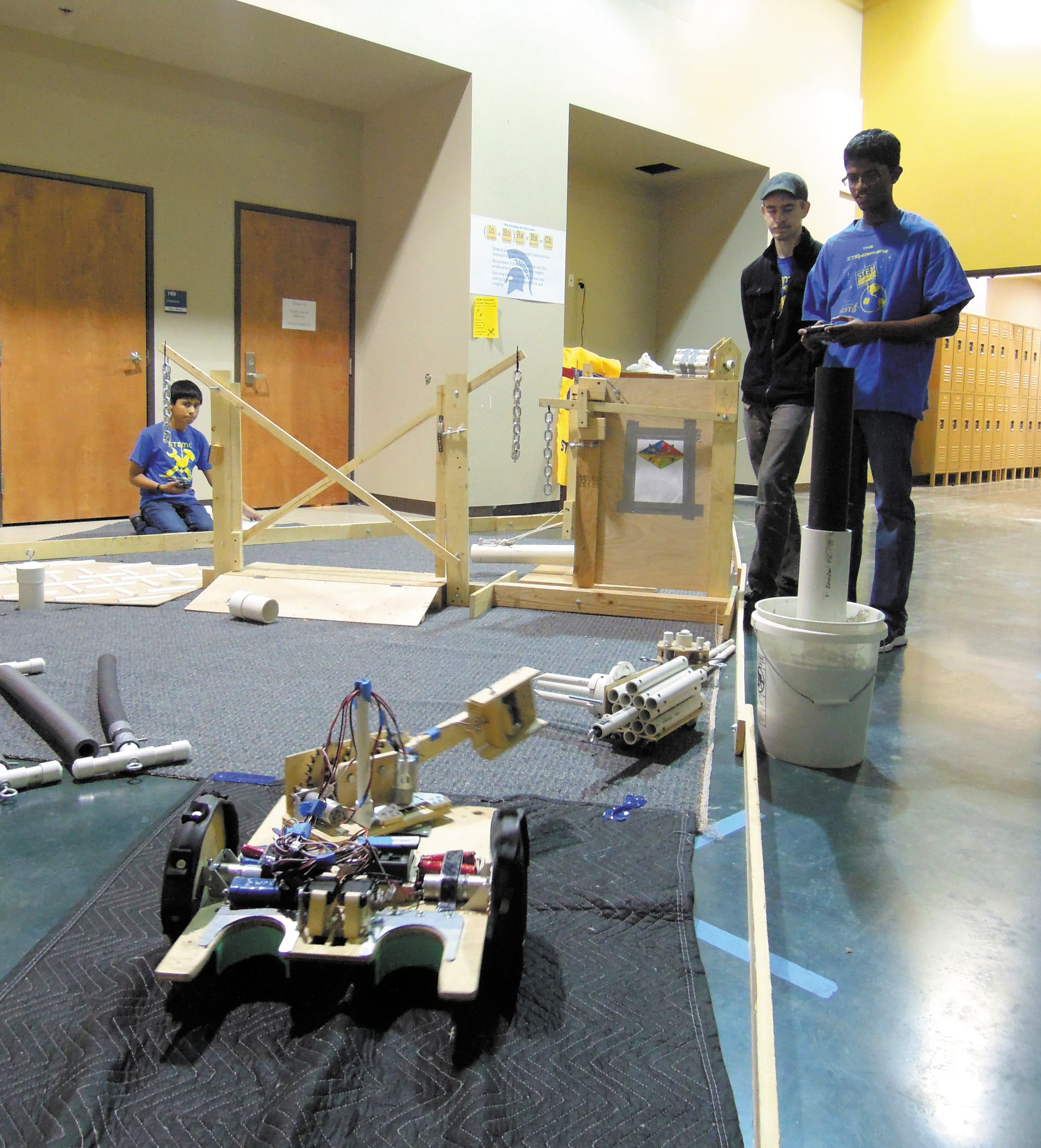 Stem School Highlands Ranch: A Robot Built Above The Pecking Order