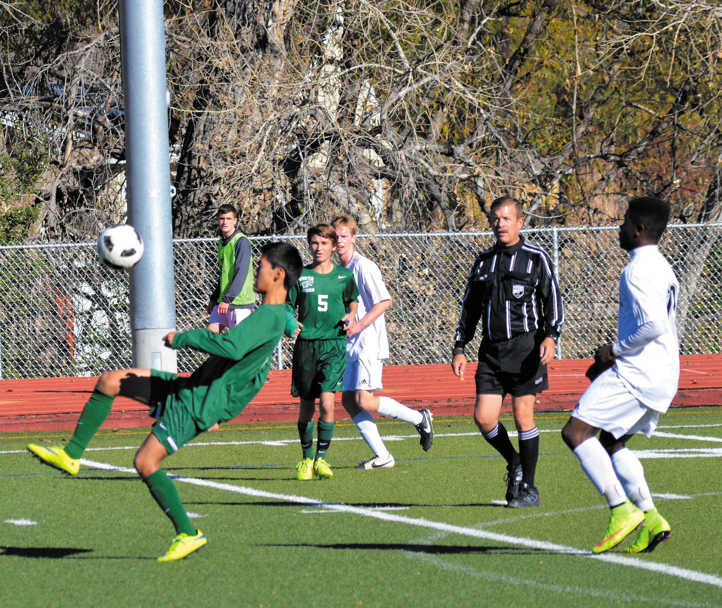 Mountain Vista Downs Arapahoe In Soccer Playoffs