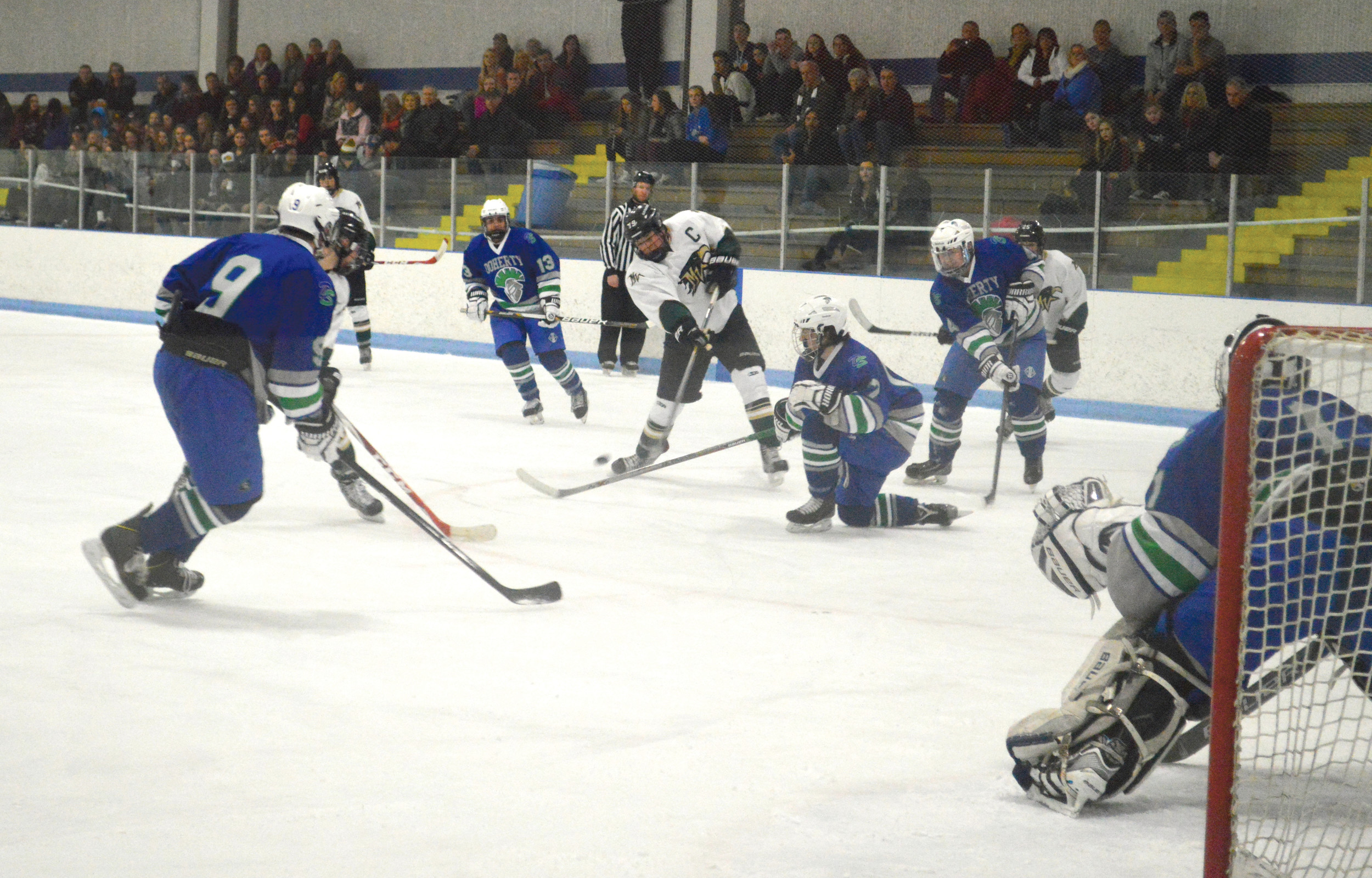 CO H.S.: Some Denver-area Hockey Players Skip High School Squads In Favor Of Club Play
