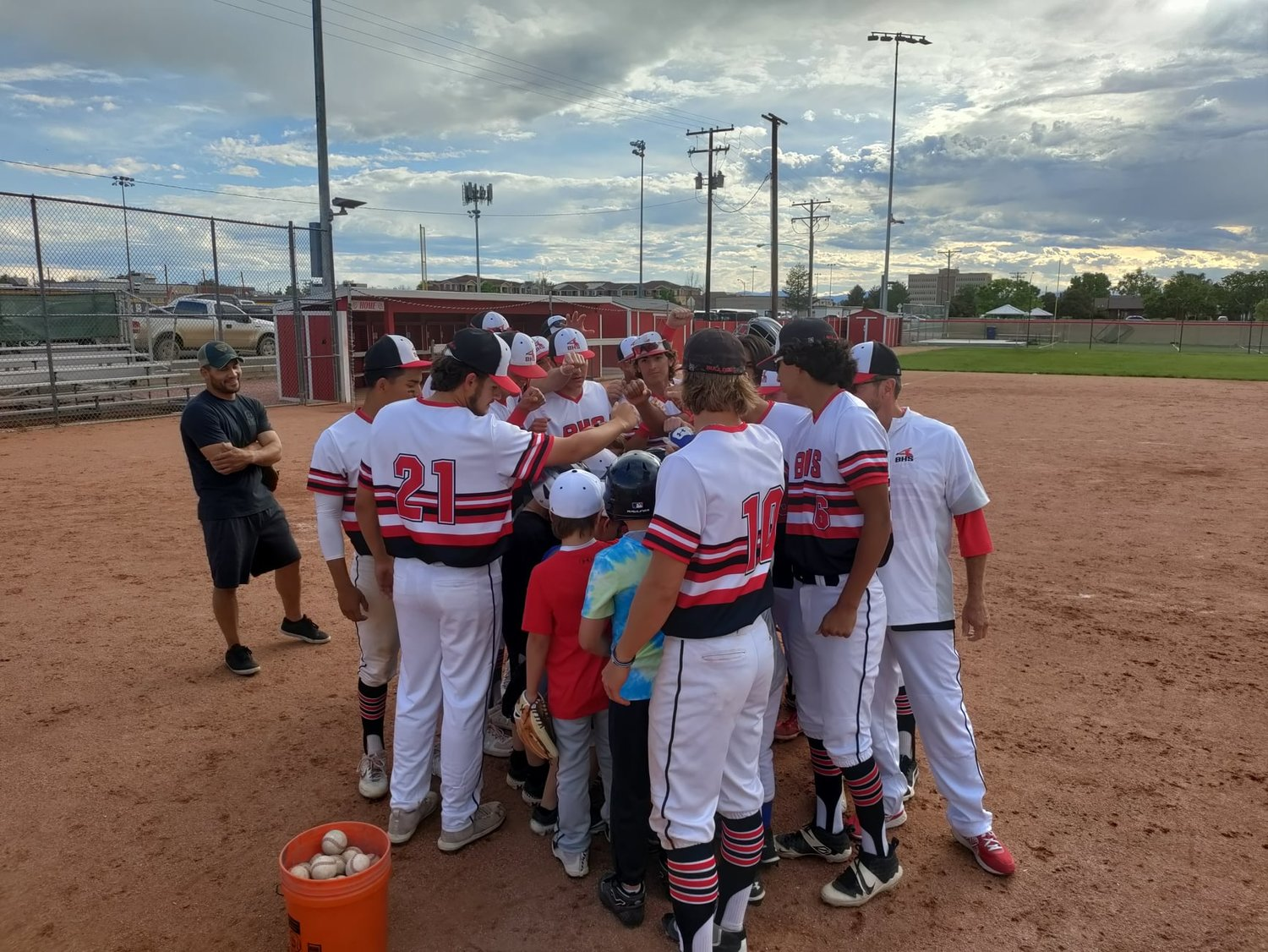 Brighton High School's baseball team rallies around a 10U rec league team that lost one of its players due to a car crash Memorial Day weekend..