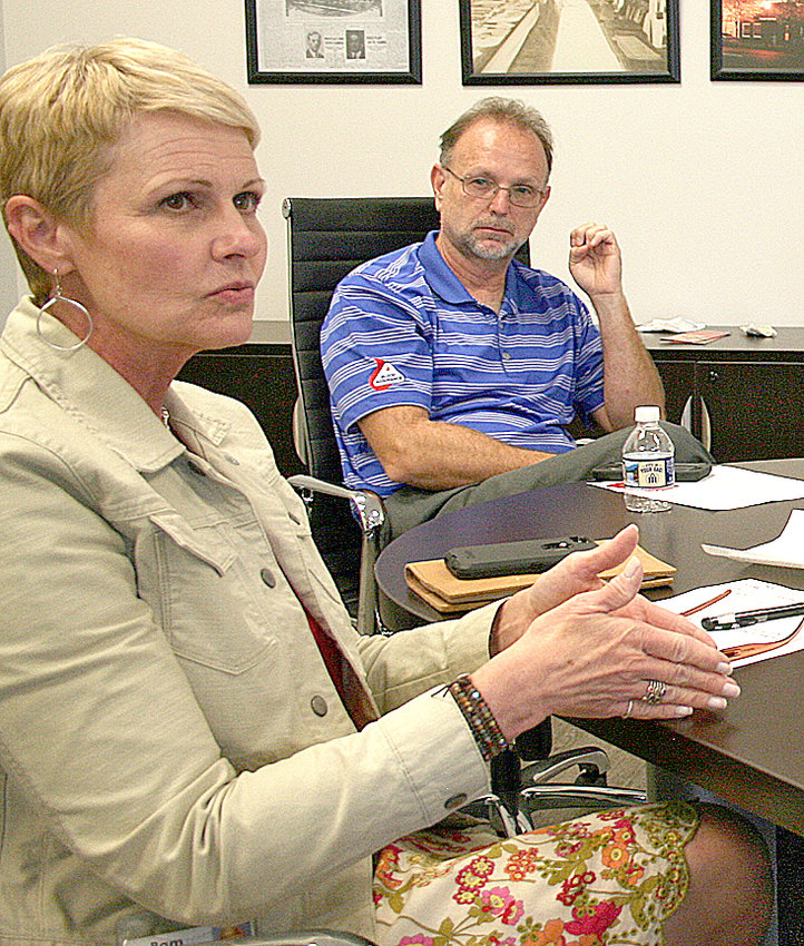THE ADVISORY BOARD of Blood Assurance discussed at its Tuesday meeting the various reasons preventing companies from sending employees to donate blood. At left is Pam Hanson, donor recruiter, and at right is Dewayne Belew, board chairman. Also attending were Alvin Word, board member, and Jay Baumgardner, community relations and business development.