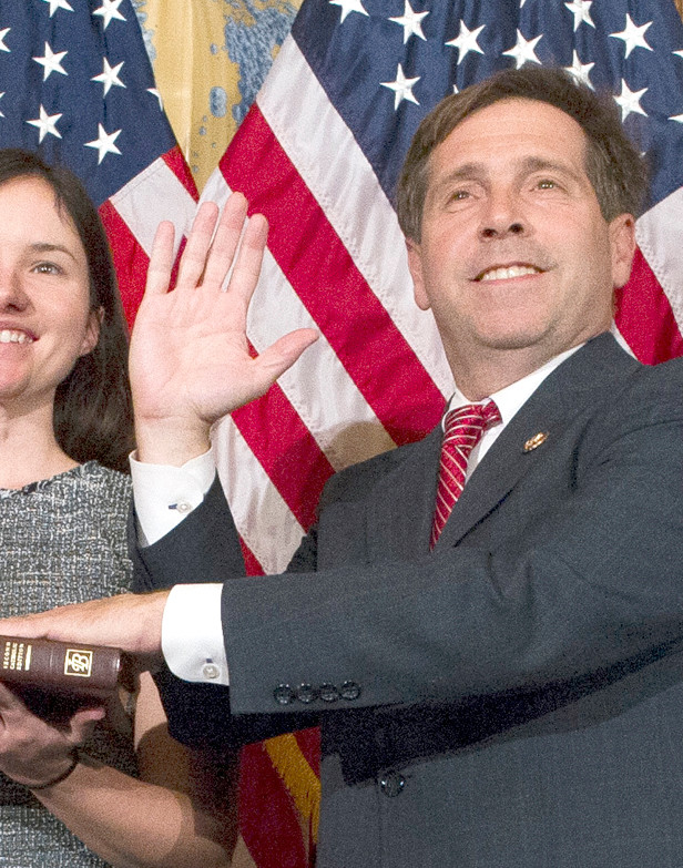 House Speaker Nancy Pelosi of Calif., right, poses during a ceremonial swearing-in with Rep. Chuck Fleischmann, R-Tenn., on Capitol Hill in Washington, Thursday, Jan. 3, 2019, during the opening session of the 116th Congress. Washington, Thursday, Jan. 3, 2019. (AP Photo/Cliff Owen)