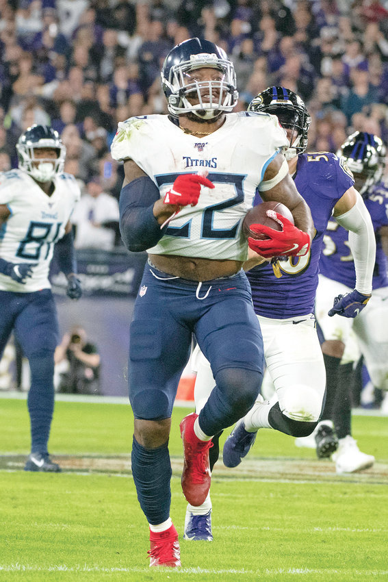 THE TENNESSEE TITANS have tagged running back Derrick Henry as their franchise player, making sure they keep the NFL rushing leader around for at least this season.