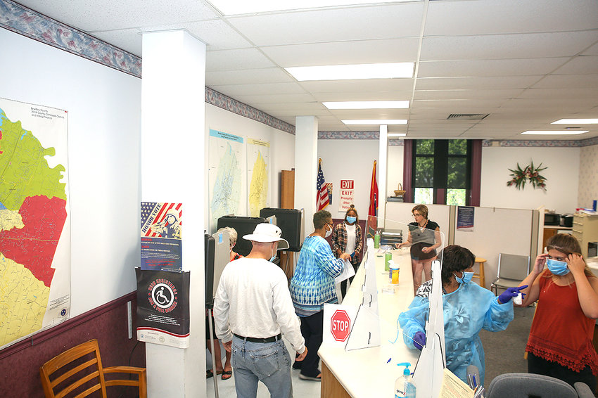 THE BRADLEY COUNTY ELECTION Commission Office filled up early on the first day of early voting for Cleveland and Bradley County residents.