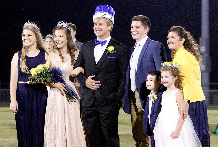 The homecoming royalty for Walker Valley High School was crowned Friday evening during homecoming activities at the school. Crown 2020 Homecoming queen and king were Ashlynn Akiona and Greg Jordan. Crowning the two were last year's royalty Kensley Simms and Conner Fay. From left are Simms, Akiona, Jordan, Conner, Principal Candice Belt, Jonah Delbonis and Ariana Cole.