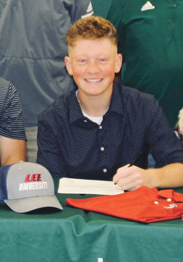 COLTON WERNER, from Gallatin High School, has signed to play golf for the Lee University Flames next year.