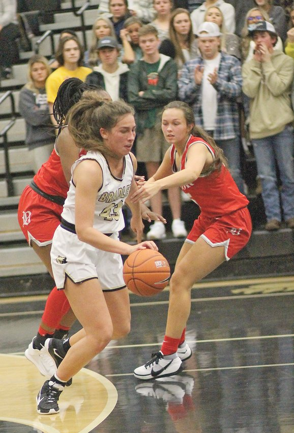 """LEE UNIVERSITY signee Anna Muhonen (43) led Bradley Central with 16 points in Tuesday evening's 43-33 victory over Murfreesboro Oakland, at """"The Jim."""""""