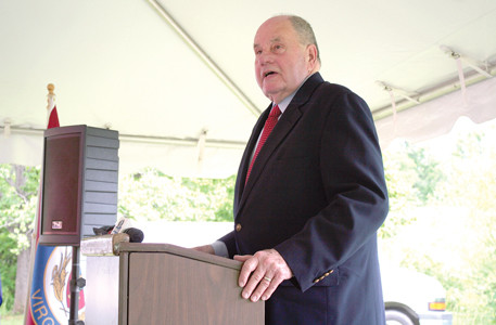 Cleveland Mayor Tom Rowland speaks at Tuesday's Thaxton, Va., train wreck commemoration ceremonies.