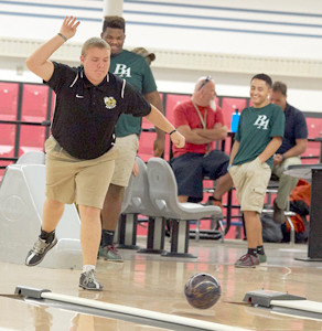 Bradley Picks Up Win On The Lanes The Cleveland Daily Banner
