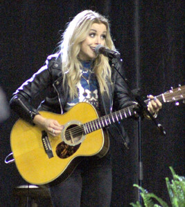 NASHVILLE RECORDING artist Lindsay Ell filled the room with the sounds of guitar and country music.