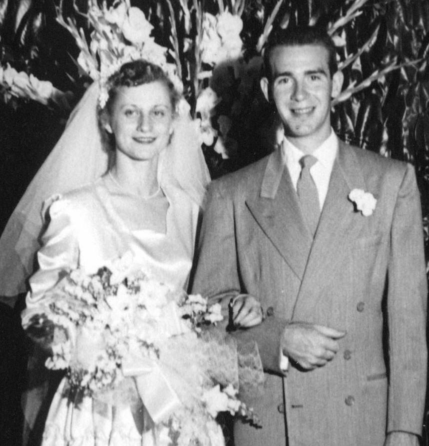 The couple married on June 11, 1952, at Lynchburg by a Baptist minister in the Lynchburg Methodist Church.