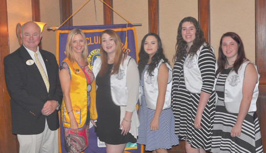 From left are Moon; Queen Lion Kim Ledford; Leo President Lexus Cass; Leo Vice President Cheyenne Ayers; Laura Lee Cochran and Brooke Dye.