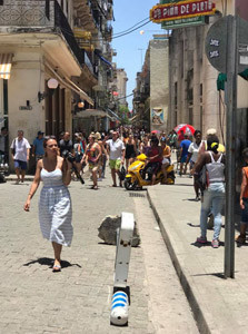 A view of one of the busy Cuban streets.