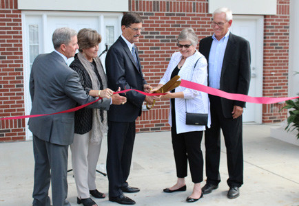 DR. PAUL CONN and Dr. Carolyn Dirksen cut the ribbon for Dirksen Row. From left are chairman of Lee's board of directors Dennis Livingston, Darlia Conn, Dr. Paul Conn, Dr. Carolyn Dirksen and Dr. Murl Dirksen.