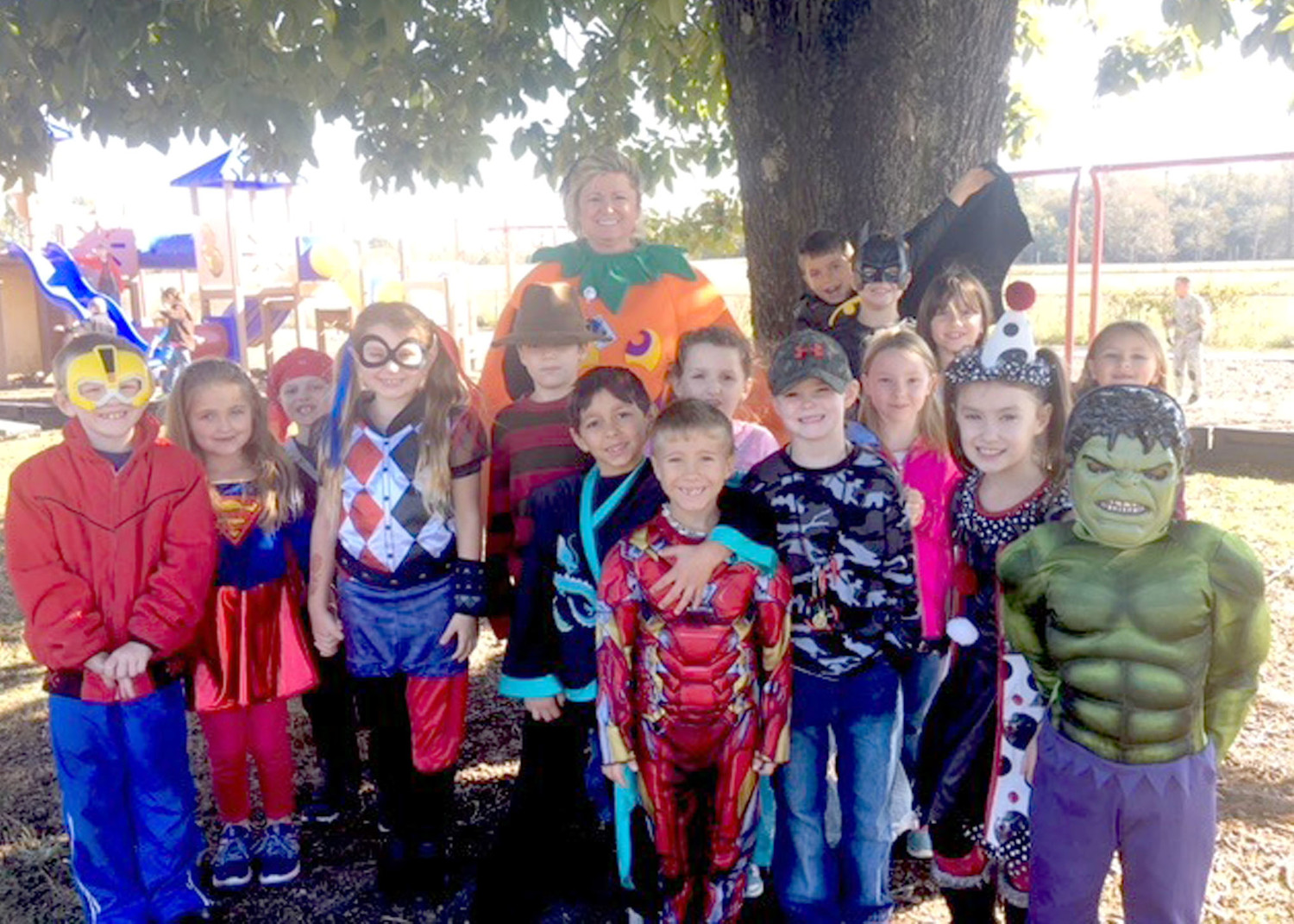 The classes of Mrs Goins and Mrs Whisenhunt at Taylor Elementary had a great day recently, celebrating their Accelerated Reading success with character dress-up day.