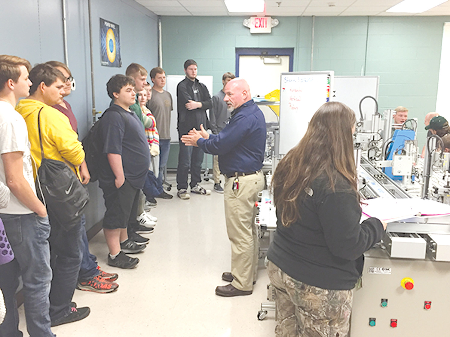 DR. TIM WILSON, CSCC Advanced Technologies Department chair, discusses the Mechatronics program at Cleveland State Community College, as well as CSCC's upcoming Mechatronics Institute, with students from Bradley Central and Walker Valley High Schools.