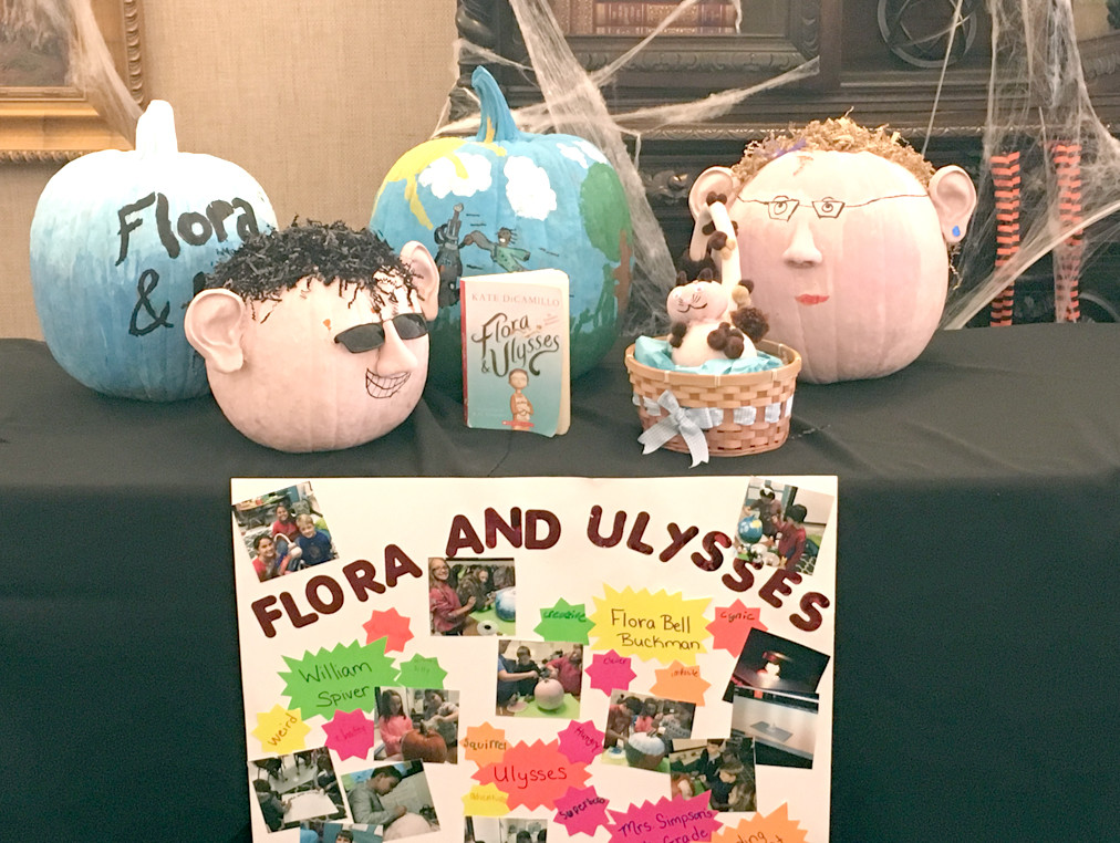 auren Simpson's fourth-grade class at Charleston Elementary took first place in Bank of Cleveland's Painted Pumpkin competition.