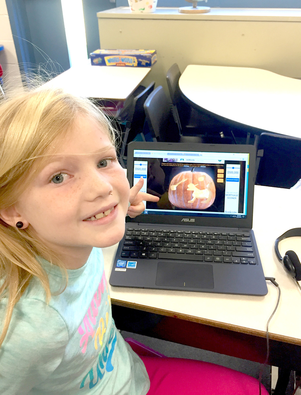 [DIGITAL JACK-O-LANTERN]