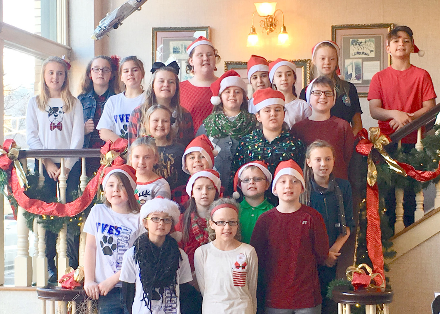 The Valley View Elementary School Leadership Choir performed carols one recent morning at Bank of Cleveland.