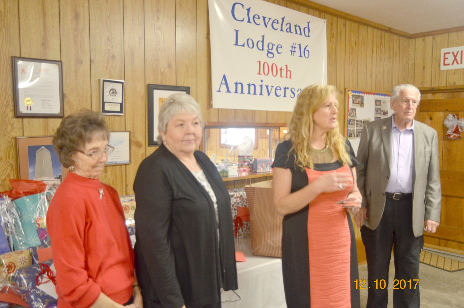 Chapter 15 Woodmen Life presented gift cards to Christine Miller and Eula Kile for all they do for the chapter. Debbie Collins, treasurer, presented the cards. At right is WW Johnson.