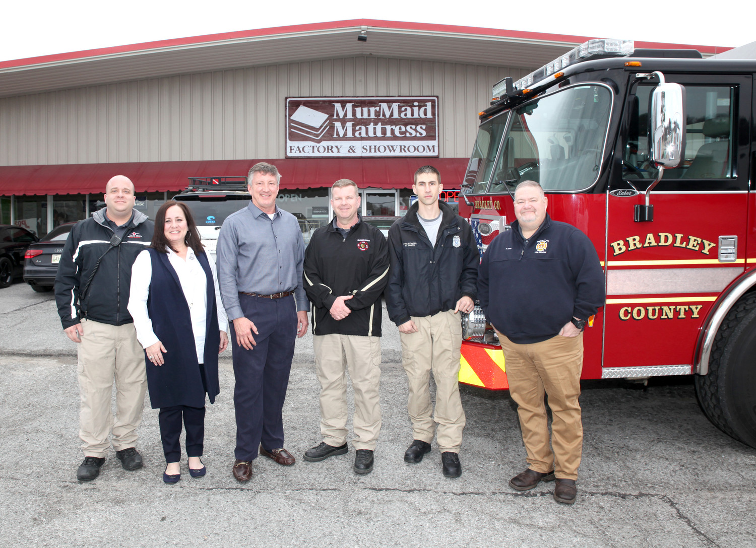 MURMAID MATTRESS DONATED four mattress sets to the Bradley County Fire-Rescue on Thursday.  The BCFR was in need of more beds because of recent expansions to their ranks and the shifting around of firefighters. From left are Engineer Robert Cross, MurMaid store manager Lisa Bell, MurMaid owner Roger Pickett, Chief Shawn Fairbanks, and Firefighters James Gray and Dustin Jones.