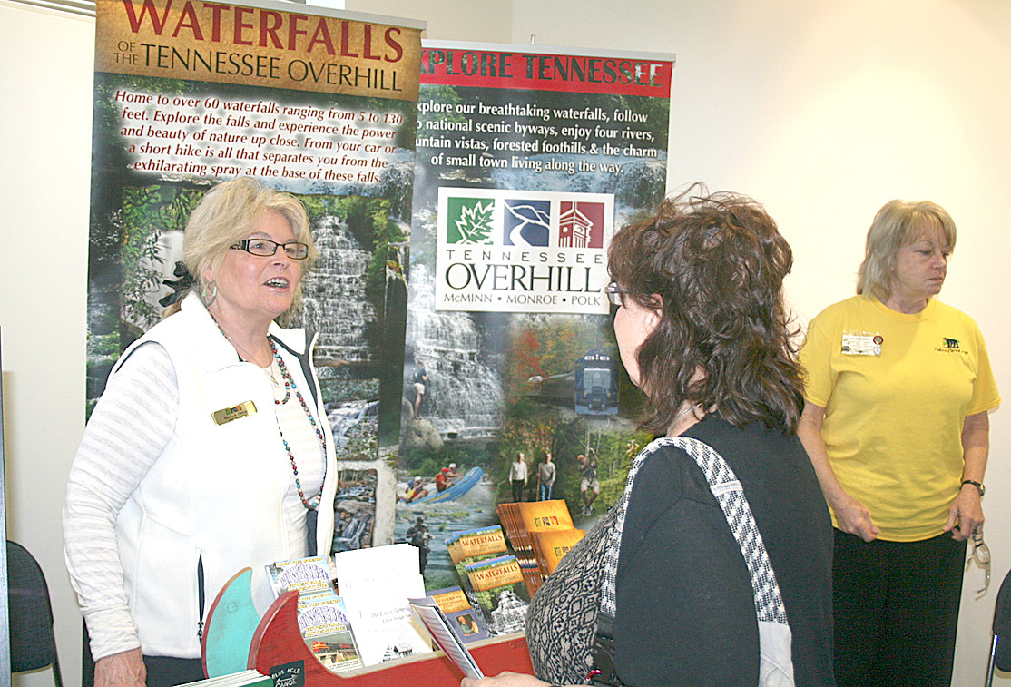 Nancy Dalton, left, with Tennessee Overhill speaks with Pam Mathews, right, who works at the Charles Hall Museum in Tellico Plains.
