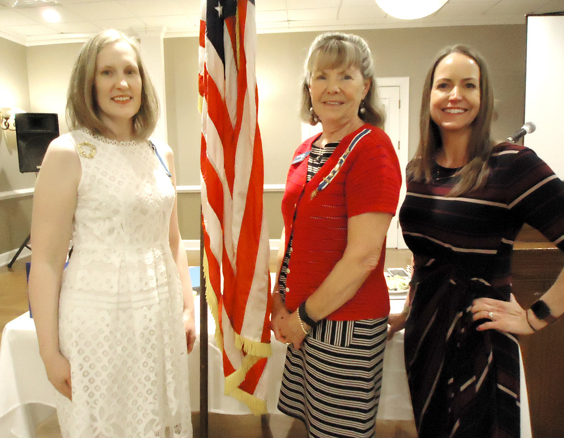 OCOEE CHAPTER of the Daughters of the American Revolution recently met. From left are Regent Leigh Ann Boyd, Vice Regent Joanne Swafford and guest speaker Wendy Hamilton Martin.