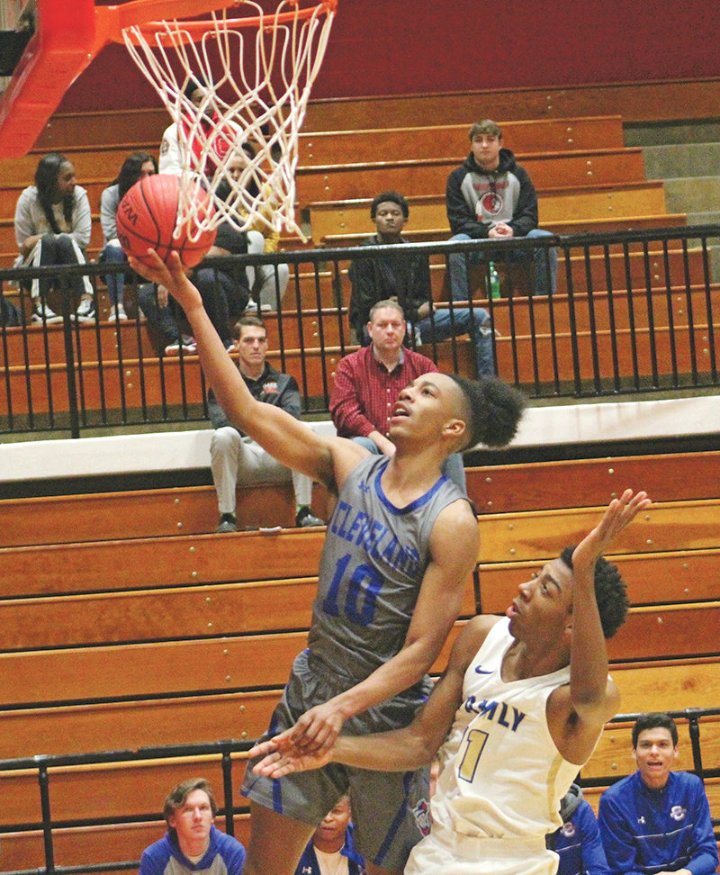 CLEVELAND JUNIOR point guard Jacobi Wood scored 30 points in a runaway victory over Cass at Dalton High School Monday. Wood also finished with a game-high five steals.