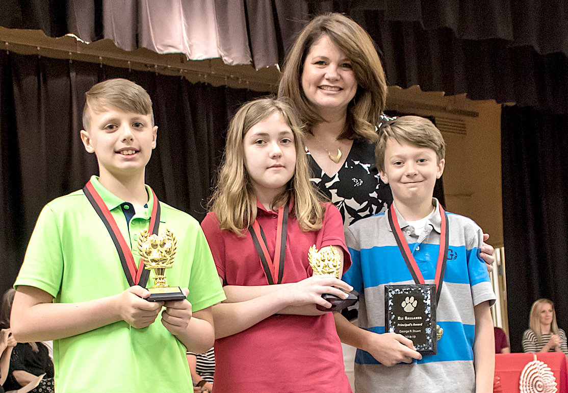 THE PRINCIPAL'S AWARD was presented to Eli Gallaher, right, by Principal Richelle Shelton. The runners-up were Silas Giannasio, left, and Kendall Cunnyngham.