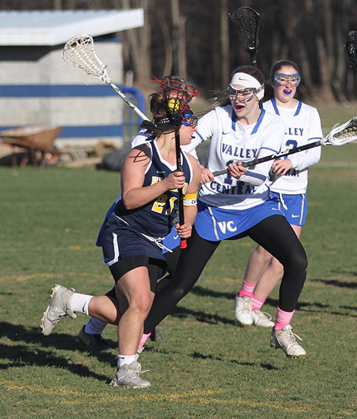Eliz Fino led Highland with eight goals.