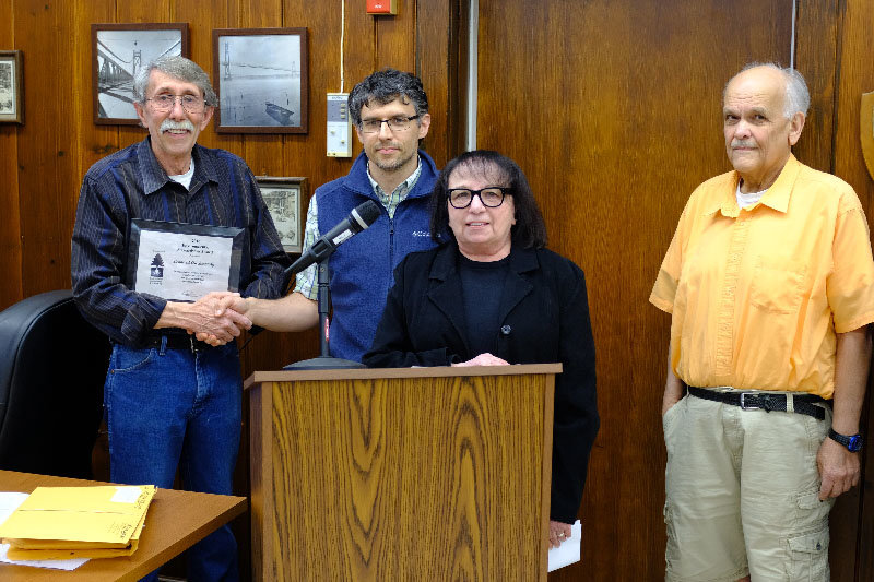 Lloyd Councilman Leonard Auchmoody (L) received the Environmental Conservation Council's Stewardship Award for 2018. Pictured L-R Auchmoody, Chairman Neil Curri, Nancy Hammond and Leonard Hossenlopp.