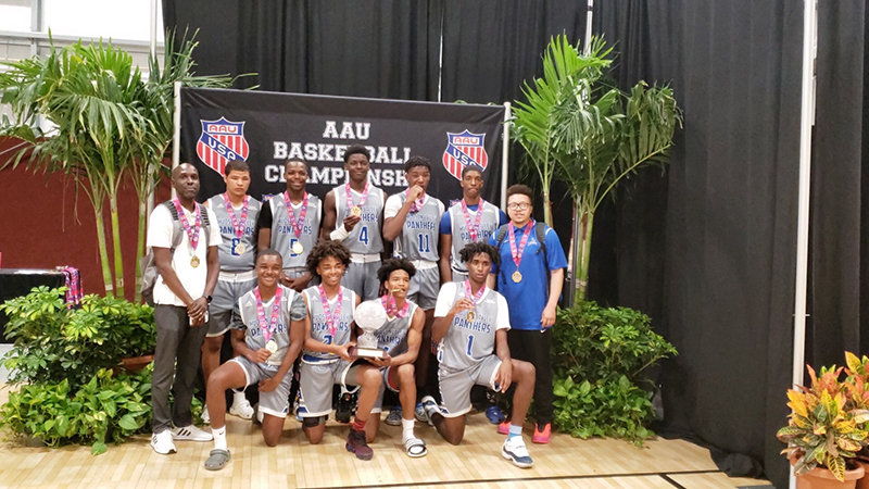 The Hudson Valley Panthers 16U Amateur Athletic Union boys' basketball team returned to Newburgh as champions of the Super Showcase tournament with a 63-59 win against the Florida Phenoms on July 15.