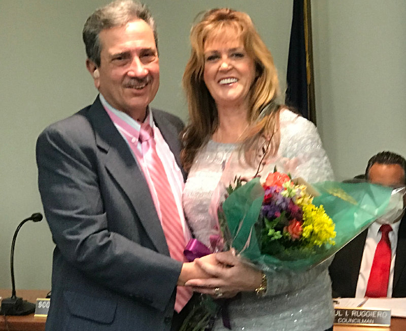 Taking their respective oaths of office last week were Town Supervisor Gil Piaquadio.