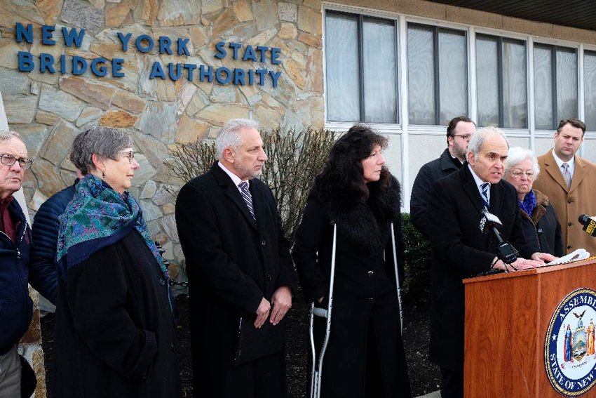 Last week, NYS Assemblyman Jonathan Jacobson [D-104], at the podium, organized a press conference with area leaders to protest Governor Andrew Cuomo's proposal to merge the NYS Bridge Authority into the NYS Thruway Authority.