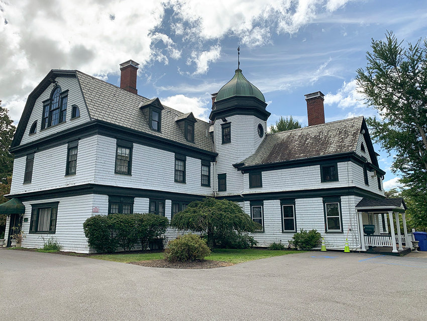The Newburgh Town Board unanimously voted to apply for the $1M grant from the Kaplan Foundation to purchase the Desmond Estate, which was recently put for sale by Mount Saint Mary College.
