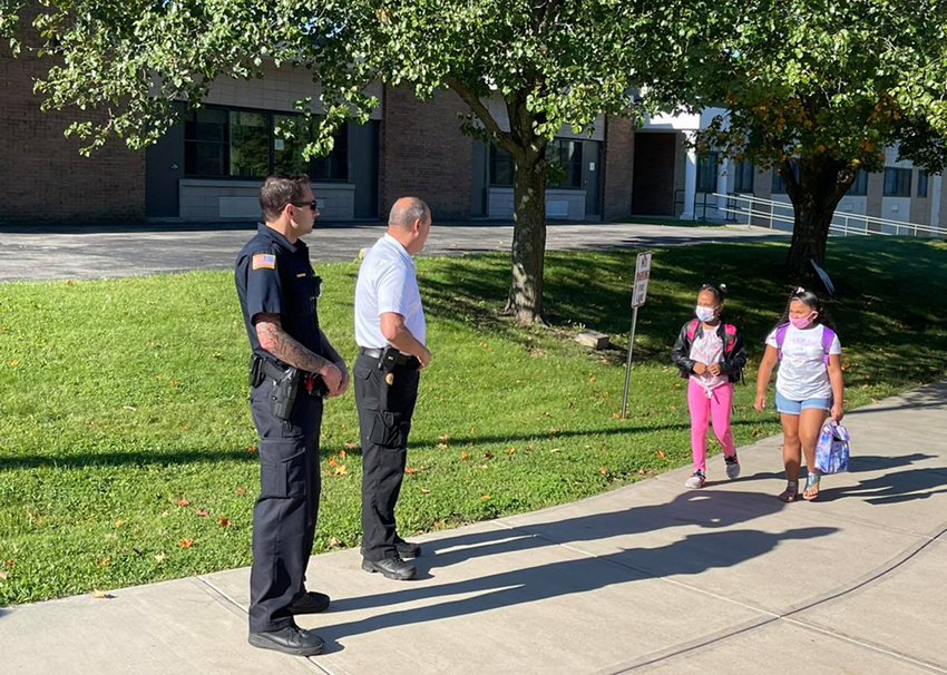 On September 7, 2021, members of the Town of Lloyd Police Department greeted Highland Elementary students as they walked in on their first day back to school.