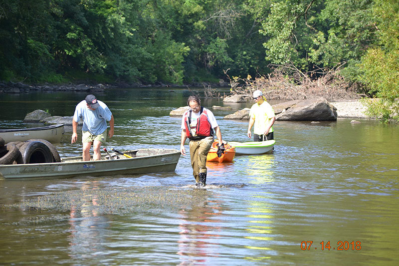 Paddles in the water: Wallkill Alliance measure the health of the