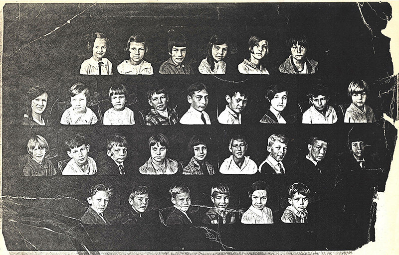 Leptondale School's Class of 1927.