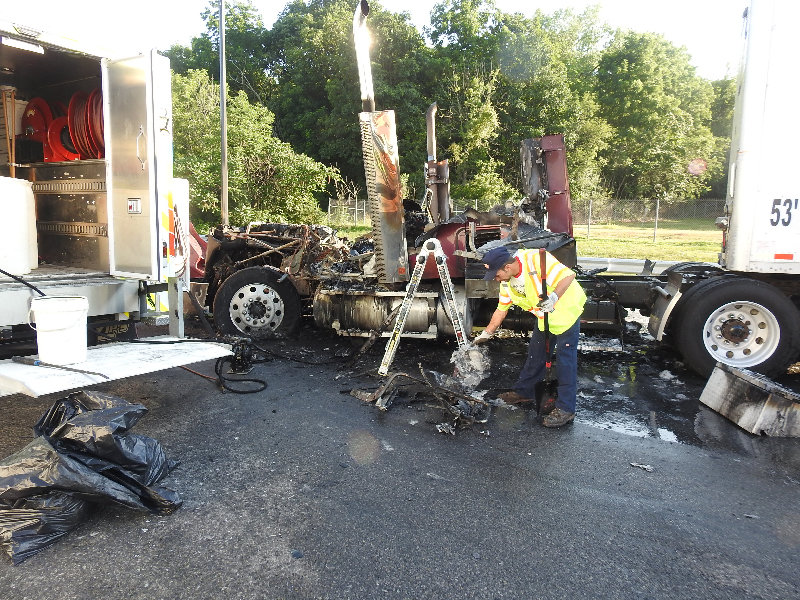 Truck fire on the Thruway | My Hudson Valley