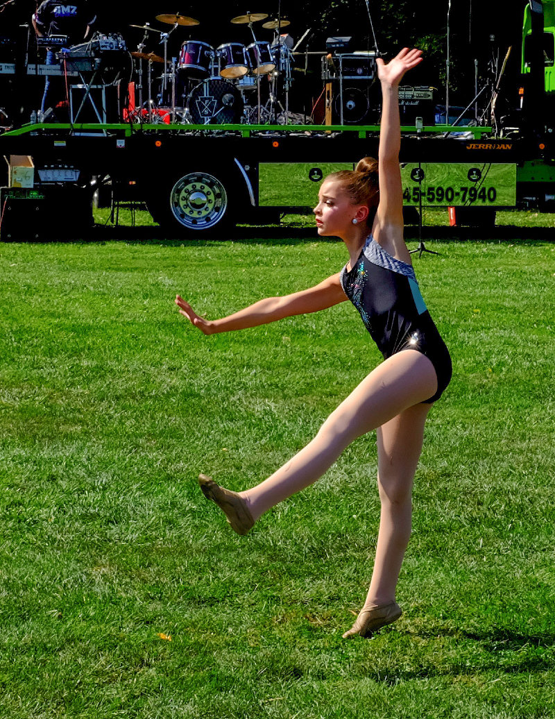 Anna Lemister performs a solo routine.