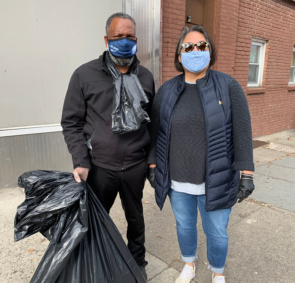 City Council members Anthony Grice and Ramona Monteverde participated in the cleanup.