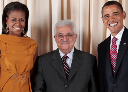 President Obama and First Lady Michelle Obama pose with Palestinian Authority President Mahmoud Abbas during a reception at the Metropolitan Museum in 2009.