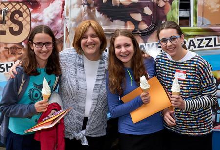 SKA Head of School Helen Spirn with members of the Class of 2021.