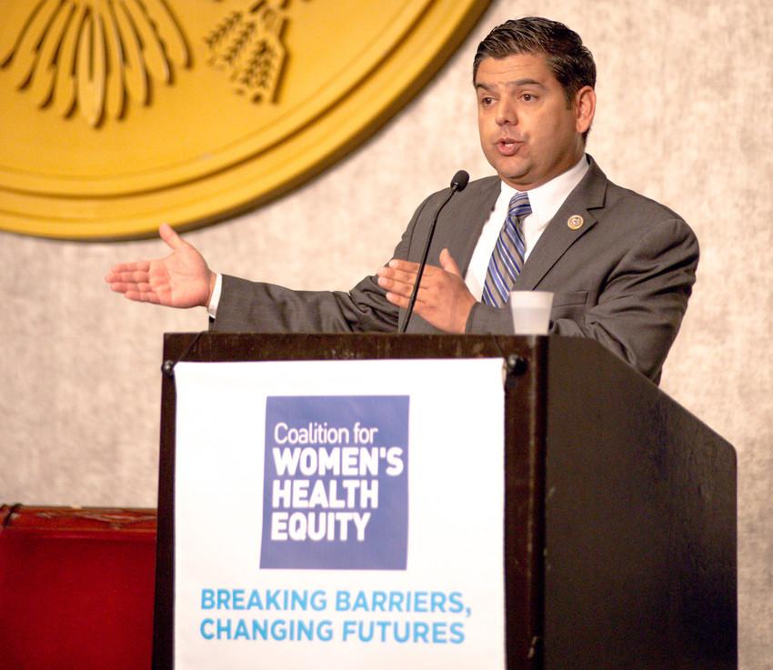 Rep Raul Ruiz, MD, at Hadassah's second annual Women's Health Empowerment Summit.