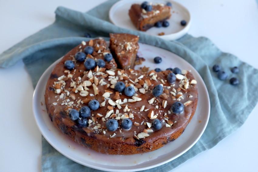 Blueberry honey cake