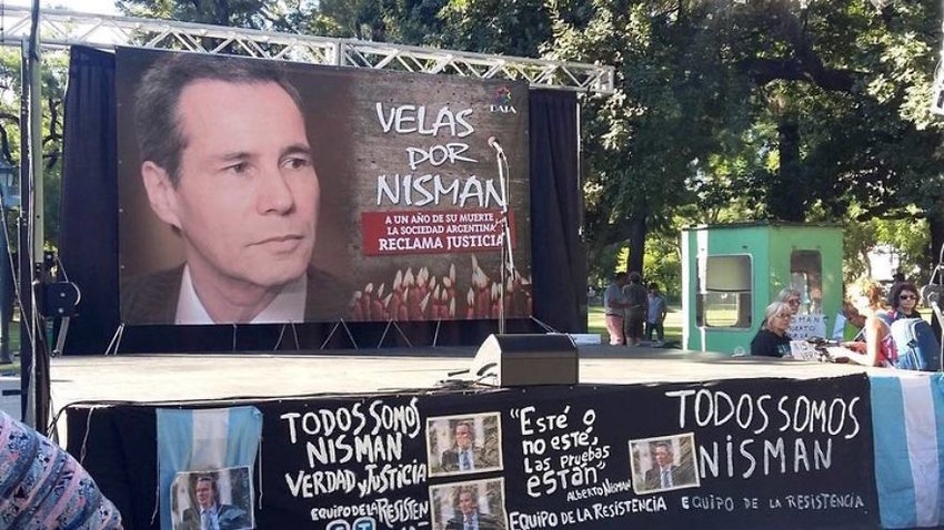 In January 2016, a protest in Buenos Aires marked the one-year anniversary of the death of Alberto Nisman, the Argentine federal prosecutor who was investigating the AMIA Jewish center bombing.