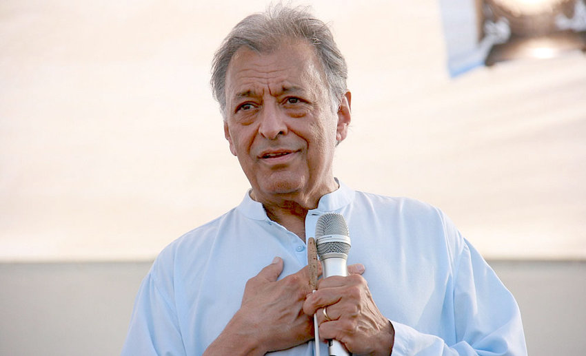 Zubin Mehta conducts an open-air concert by the Israel Philharmonic Orchestra near the border with Gaza to show solidarity with Israel Defense Forces' soldier Gilad Shalit, who had been taken captive by Hamas, July 5, 2010.