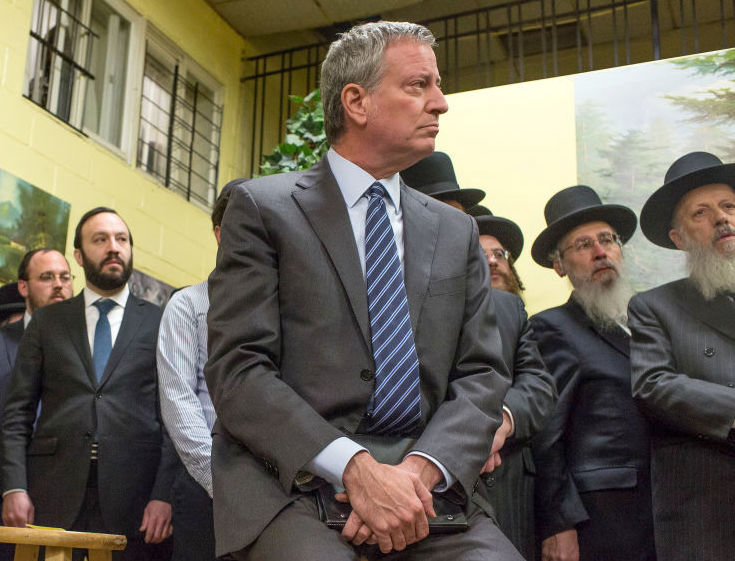 Mayor Bill de Blasio at a meeting with Satmar community leaders in Williamsburg to denounce the hate crime attack in Jersey City, on Dec. 12, 2019.