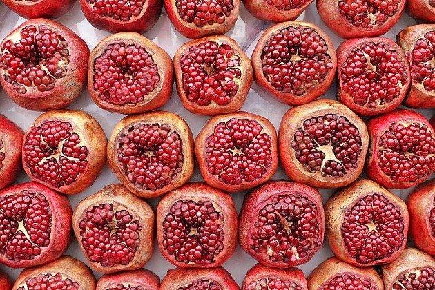Pomegranates in Shuk HaCarmel, Tel Aviv, in 2019.